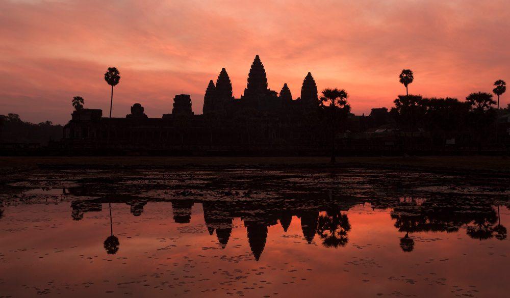 FlemmingBoJensen-Cambodia---CAM007---Angkor-Wat-Sunrise