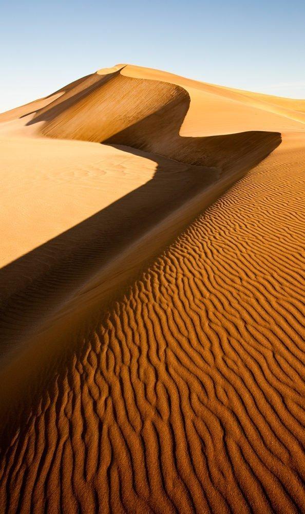 FlemmingBoJensen-Namibia---NAM009---The-S-shape