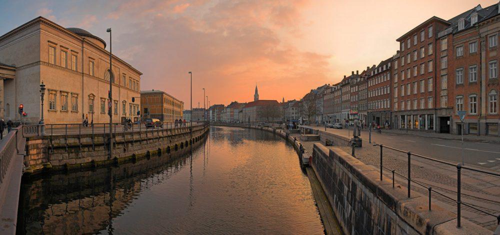 Denmark---DEN010---Frederiksholms-Canal-Sunset